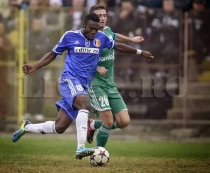Stephane Acka na vitória contra o Râmnicu Valcea (foto: prosport.ro)