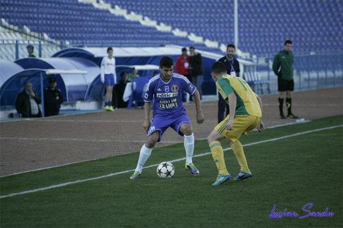 Goge sofreu um dos pênaltis da partida (fotos: Lucian Sandu / Editie.ro)