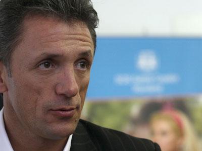 Popescu era o favorito para a presidência da FRF (foto: George Calin/Mediafax)