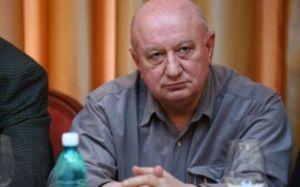 Stroe esteve nos bastidores dos melhores momentos da história do U Craiova (foto: Adevarul)