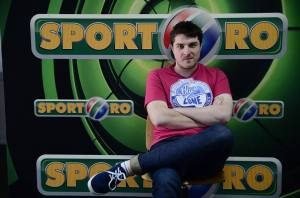 Aos 27 anos, Rosu tem uma carreira meteórica no jornalismo esportivo (foto: Sport.ro)