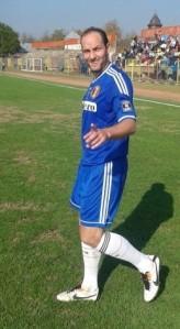 Stoica continuaria a jogar pelo FC U Craiova se pudesse (foto: Editie.ro)
