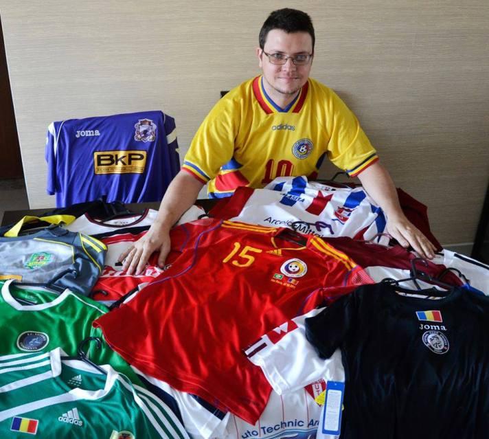 Fernando Silva tem 36 camisas de clubes romenos e