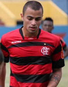 Jorginho passou pelo Flamengo em 2010