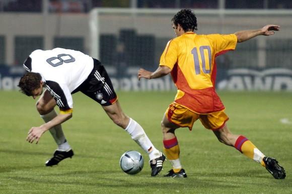 Mihaita Plesan jogava no FC Universitatea Craiova e foi um dos destaques daquela partida
