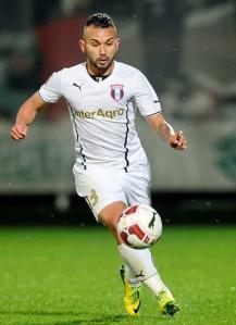 Os bons desempenhos de Júnior Morais lhe deram a titularidade absoluta no Astra e contrato até 2017 (foto: Digisport)