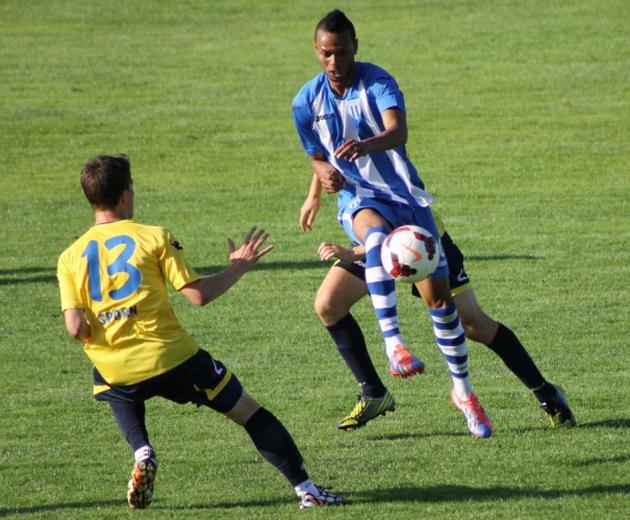 No CS U Craiova, Nuno Rocha chegou a marcar um gol no amistoso contra o NK Celje na Eslovênia (foto: CSUC.ro)