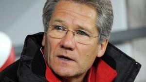 Bölöni é especulado como o novo técnico da Romênia (foto: Getty Images