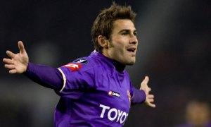 Mutu fez sucesso na Fiorentina, que detem 15% do Pune City (foto: Fred Ernst/AP)