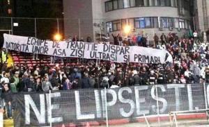 Torcida do Dinamo repudiou o CS U Craiova e sua origem