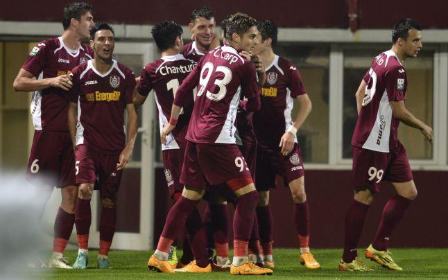 Em séria crise financeira, o vice-líder da Liga I, CFR Cluj, enfrenta o Steaua
