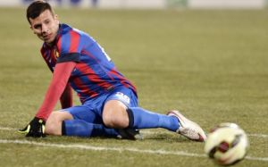 Tucudean, ex-Dinamo, veio do Charlton, da Inglaterra, para substituir Keseru, mas não correspondeu (foto: Adevarul)
