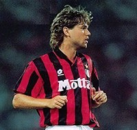 Raducioiu teve uma passagem pelo Milan em 1994-94