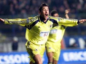 Moldovan marcou 33 gols em 55 jogos no Fenerbahce