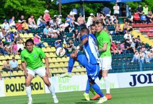 Ciuca (esq.) retornou à Craiova para vencer o maior rival de seu antigo clube (foto: csuc.ro)