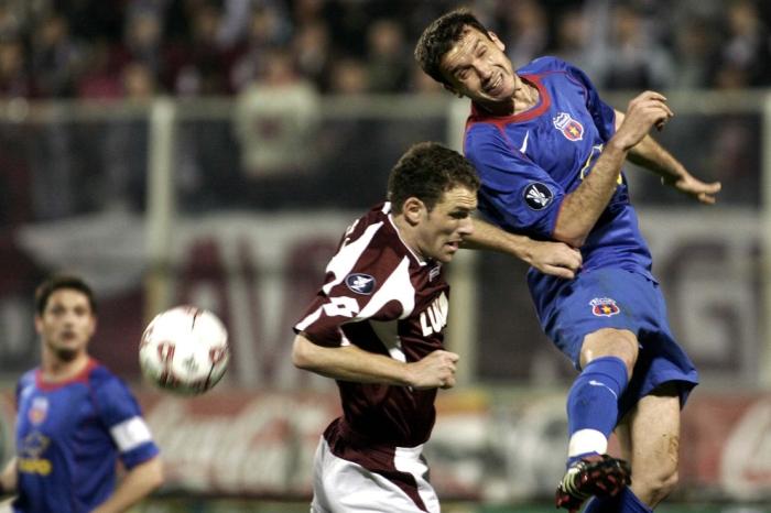 Rapid e Steaua se enfrentaram nas quartas-de-final da Copa da UEFA de 2006: Os stelistii foram adiante pelo critério de gols fora (foto: Mediafax)