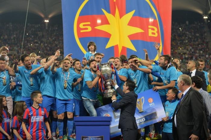 FCSB levanta o terceiro troféu em 10 dias (foto: Mediafax)