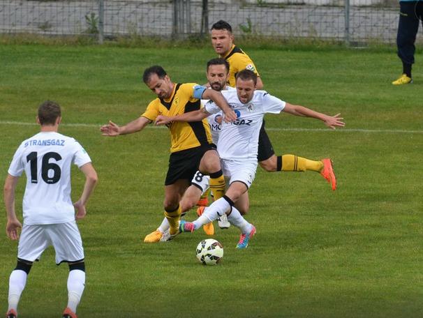 Brasov e Gaz Metan caíram juntos após empate sem gols (foto: GSP.ro)