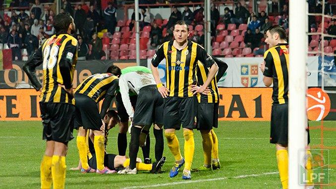 Time fraco e com turbulências administrativas: O Ceahlaul cai após quatro temporadas seguidas na elite do futebol romeno (foto: LPF.ro)